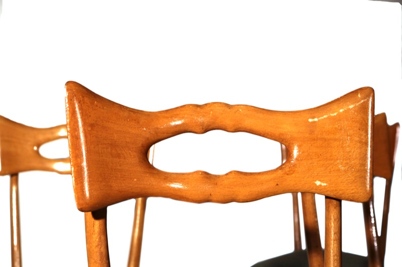 Design 6 sedie stile ico parisi for Sedie svedesi design