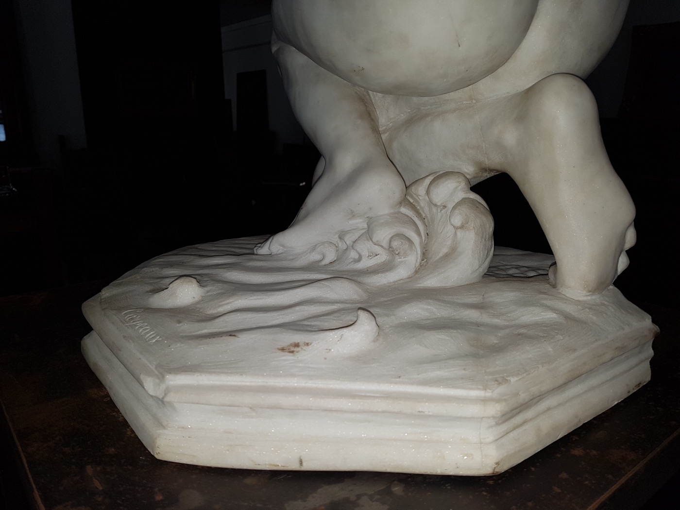 Antiquariato scultura in marmo di carrara for Marmo di carrara prezzo
